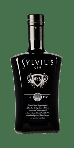 Der Sylvius Gin wird von einem kleinem Team unter Master Distiller Justus Walop in einer Destillerie in Schiedam gebrannt, mazeriert und abgefüllt. Der Name dieses Gins stammt vom Arzt Dr. Franciscus Sylvius. Ihm gelang es eine Medizin aus einem Elixier mit Wacholderbeeren gegen Magen-Darm-Beschwerden zu entwickeln. Nach 4 Wochen Mazerationszeit werden Lavendel und Sternanis separat hinzugefügt. Ein komplexer Gin für den gehobenen Geschmack.