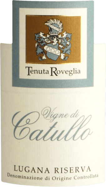 "The Vigne di Catullo Lugana Riserva by Tenuta Roveglia is the big brother of the classic Limne Lugana. The perfectly ripened Riserva comes into the glass with an intense yellow, almost golden colour. The first nose shows all kinds of ripe yellow fruit, including quince, peach, mirabelles and apricots. Spicy notes of hazelnuts and almonds as well as delicate floral and herbal nuances round off the bouquet of Catullo Lugana Riserva. The Catullo Lugana starts on the palate with a powerful touch, wonderful fullness and mineral nuances. Lots of fruit and nutty spicy notes round off the Catullo Lugana Riserva perfectly. Wine Enthusiast: 92 points and Editor's Choice: ""Aromas of ripe orchard fruit, citrus, grilled herb and nuts delicately guide the nose. Round and delicious, the medium-bodied palate delivers baked yellow apple, creamy white peach, ginger and white almond alongside tangy acidity. A juicy note of candied lemon drop lingers on the close."" Vinification of the Vigne di Catullo Lugana Riserva by Tenuta Roveglia The grapes for Catullo Lugana Riserva grow on clayey, calcareous soils on vines that are more than 5 years old. The grapes are carefully selected by hand in small baskets. Afterwards it goes into the press house. Here they are gently pressed up to 50% of the maximum juice yield and the must is fermented in temperature-controlled stainless steel tanks. This is followed by 18 months of maturing until bottling. Recommended food for Tenuta Roveglia Vigne di Catullo Lugana Enjoy this expressive Lugana Riserva with expressive freshwater fish dishes, pasta with light sauces, grilled poultry, risottos and medium-aged cheese. Awards for the Vigne di Catullo Lugana Riserva by Tenuta Roveglia Wine Enthusiast: 92 points for 2015 Gambero Rosso: 2 GLäsers for 2015 Luca Maroni: 90 points for 2015 Decanter: 96 points for 2014 Wine Enthusiast: 93 points for 2014"