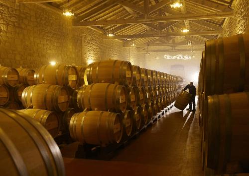 Der Weinkeller von Bodegas Muga
