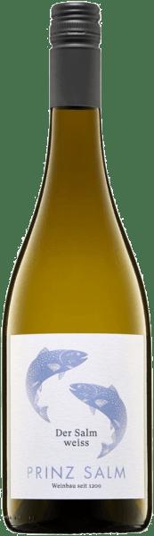 Im Glas offenbart der Der Salm weiß Landwein vom Rhein aus der Feder von Weingut Prinz Salm eine brillant schimmernde hellgelbe Farbe. Die erste Nase des Der Salm weiß Landwein vom Rhein präsentiert Noten von Pfirsiche, Schattenmorellen und Äpfel. Den fruchtigen Anklängen des Bouquets gesellen sich noch mehr fruchtig-balsamische Nuancen hinzu. Dieser trockene Weißwein von Weingut Prinz Salm ist für Puristen, die es absolut trocken mögen. Der Der Salm weiß Landwein vom Rhein kommt dem bereits sehr nahe, wurde er doch mit gerade einmal 8,1 Gramm Restzucker vinifiziert. Am Gaumen präsentiert sich die Textur dieses leichtfüßigen Weißweins wunderbar knackig. Durch seine präsente Fruchtsäure präsentiert sich der Der Salm weiß Landwein vom Rhein am Gaumen traumhaft frisch und lebendig. Im Abgang begeistert dieser lagerfähige Weißwein aus der Weinbauregion die Nahe schließlich mit schöner Länge. Es zeigen sich erneut Anklänge an Schattenmorelle und Schwarzkirsche. Vinifikation des Weingut Prinz Salm Der Salm weiß Landwein vom Rhein Ausgangspunkt für die erstklassige und wunderbar elegante Cuvée Der Salm weiß Landwein vom Rhein von Weingut Prinz Salm sind Grauburgunder, Scheurebe und Weißburgunder Trauben. Nach der Lese gelangen die Weintrauben umgehend in die Kellerei. Hier werden sie selektiert und behutsam gemahlen. Anschließend erfolgt die Gärung im Edelstahltank bei kontrollierten Temperaturen. Der Vinifikation schließt sich eine Reifung für einige Monate auf der Feinhefe an, bevor der Wein schließlich in Flaschen abgefüllt wird. Speiseempfehlung zum Weingut Prinz Salm Der Salm weiß Landwein vom Rhein Dieser Weißwein aus Deutschland sollte am besten gut gekühlt bei 8 - 10°C genossen werden. Er eignet sich perfekt als Begleiter zu Wok-Gemüse mit Fisch, gebratene Forelle mit Ingwer-Birne oder Gemüsesalat mit roter Beete.