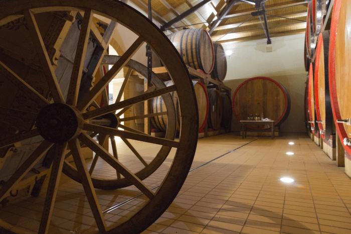 Die Kellerei der Cantine Lombardo