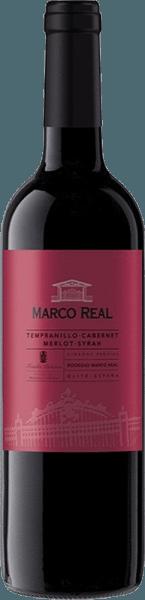 Dieser Blend präsentiert sich in einer kräftigen roten Farbe mit violetten Reflexen.Der Tinto DO Navarra von Marco Real verwöhnt mit Aromen roter Früchte wie Erdbeeren und Himbeeren. Im Mund explodiert er förmlich mit einem mittleren Körper und einem üppigen, vollkommenen und zugleich harmonischen Geschmack, ehe sich der angenehme Abgang anschließt.