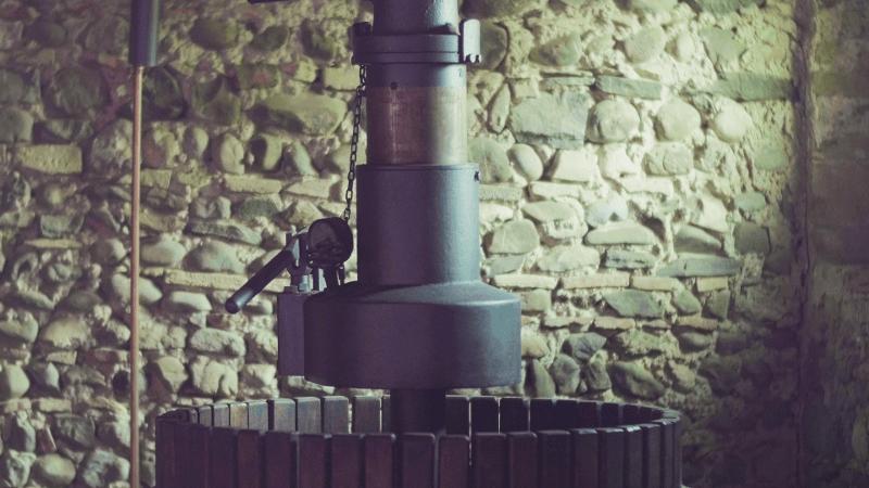 Borgo-Conventi-hydraulische-Presse