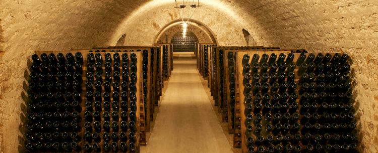 Im Weinkelller von Champagne Rothschild