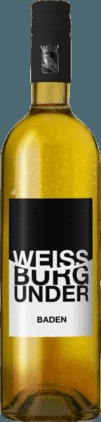 DerWeißburgunder trocken von Frau Müller's Weinkeller aus dem deutschen Weinanbaugebiet Baden ist ein rebsortenreiner, schlanker und eleganter Weißwein. Im Glas präsentiert sich dieser Wein in einem glänzenden Zitronengelb mit hellgoldenen Schattierungen. Die Nase erfreut sich an einer charmanten Aromatik nach fruchtigen und floralen Noten. Es offenbaren sich wundervolle Noten nach knackigen Äpfeln, saftigen Pfirsichen und ein feiner Hauch nach Ananas. Am Gaumen zeigt sich bei diesem deutschen Weißwein eine schlanke Struktur mit einer elegant eingebundenen, feingliedrigen Säure. Speiseempfehlung für denFrau Müller's Weinkeller Weißburgunder Dieser trockene Weißwein aus Deutschland ist ein wunderbarer Solist, der zu gemütlichen Abenden auf dem Balkon oder der Terrasse hervorragend passt. Aber auch zu leichten Fischgerichten ist dieser Wein ein Genuss.