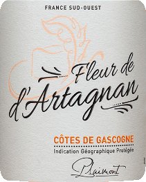 The Fleur de d 'Artagnan Rosé Côtes de Gascogne from Producteurs Plaimont shows itself in a magnificent salmon rose in the glass. The expressive aromas of sweet and ripe wild berries unfold, such as raspberries, strawberries, blueberries and currants. These berry notes are rounded off by a fine hint of pepper with exotic hints. This balanced cuvee convinces on the palate with plenty of juice and fullness and a lively and fresh impression. In the finish, discreet floral-peppery nuances are noticeable. The ideal wine to enjoy summer evenings on the terrace or at a barbecue! Vinification of the Fleur de d'Artagnan Rosé This French cuvée from the Gasgogne is made from 70% Merlot and 30% Cabernet Sauvignon. The grapes are destemmed after being picked, squeezed and then gently pressed. The resulting must is cold fermented, this preserves the freshness and fruitiness of this wine. The expansion of Fleur de d'Artagnan Rosé took place in a stainless steel tank. The winery Fleur de d'Artagnan of the winery Plaimont includes wines of extraordinary freshness, clarity and fruitiness with an honest varietal character. It is mainly based on regional grape varieties. The vivacious wines are said to set an impressive monument to the famous musketeer d'Artagnan, whose portrait adorns the label. Food recommendation for the Fleur de d'Artagnan Rosé Enjoy this dry rosé with fresh salads, grilled meat and vegetables or with fruity desserts.