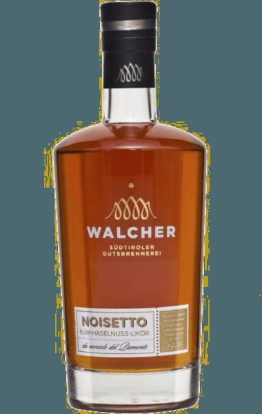 Beim Schwenken des Weinglases Speiseempfehlung zum Walcher Noisetto zu
