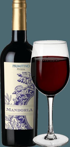 Der Primitivo von Mandorla ist ein fein-würziger, fruchtiger und weicher Rotwein aus dem italienischen Weinanbaugebiet Apulien. Dieser Wein präsentiert sich in einer kraftvollen, strahlend roten Farbe. Fruchtige Aromen von roten Beeren (Himbeeren), Schwarzkirschen abgestimmt mit einer feinwürzigen Pfeffernote und Nuancen von getrockneten Früchten erfüllen die Nase. Am Gaumen ist dieser italienische Rotwein herrlich rund dank weicher Tannine. Der saftige, kraftvolle Geschmack offenbart dunkle Beeren (Brombeeren und schwarze Johannisbeeren) und mündet in einen langen, angenehmen Nachhall. Insgesamt ist der Primitivo von Mandorla ein harmonischer und komplexer Tropfen. Vinifikation des Mandorla Primitivo Puglia Nach der sorgfältigen Lese der Primitivo-Trauben des Weingutes Mandorla wird das Lesegut zunächst entrappt, gemaischt und die daraus entstandene Maische temperaturkontrolliert in Edelstahltanks vergoren. Die Maische wird schließlich abgepresst und dieser Wein zum Teil in Stahltanks und zum Teil in großen Holzfässern gelagert, wo dieser Rotwein abrundet und schließlich auf die Flaschen gefüllt wird. Im Anschluss kommt der Mandorla Primitivo zu uns nach Deutschland. Speiseempfehlung für den Primitivo Mandorla Wir empfehlen diesen trockenen Rotwein aus Italien zu Antipasti, Pizza, Pasta, kräftigen (auch gegrillten) Fleischgerichten und gereiftem Käse.