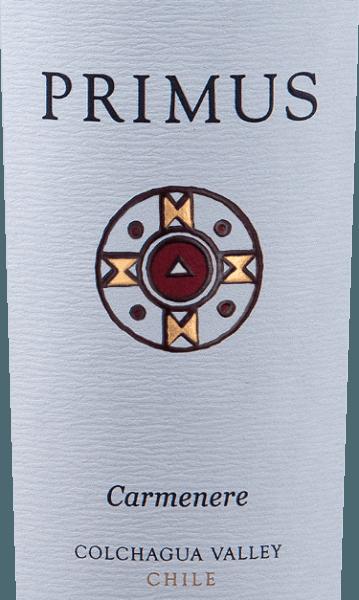 PrimusCarménère von Veramonteist ein reinsortiger Rotwein aus Chile, der aus der RebsorteCarménère (100%) hergestellt wird. In einem satten Rubinrot präsentiert sich dieser chilenische Rotwein im Glas. In der Nase entfalten sich voll Aromen nach saftigen Kirschen. Untermalt wird das Kirscharoma von Anklängen an weißem Pfeffer und Rosmarin. Am Gaumen ist dieser Rotwein frisch mit viel Frucht und seidiger Textur. Die Tannine sind herrlich samtig und leiten in einen lang anhaltenden Abgang über. Vinifikation des PrimusCarménère Die handgelesenen Trauben für diesen Rotwein stammen aus der Region vonColchagua Valley und Central Valley und werden sorgsam von Hand gelesen. Die Trauben werden auf der Schale vergoren. Nach der Maischegärung wird dieser trockene Wein für 12 Monate in französischer Eiche ausgebaut. Speisempfehlung für den Veramonte PrimusCarménère Wir empfehlen diesen Rotwein aus Chile zu gemütlichen Grillabend mit der Familie und den Freunden oder auch zu würzigen Käsesorten. Auszeichnungen für den Primus VeramonteCarménère James Suckling: 92 Punkte für 2014