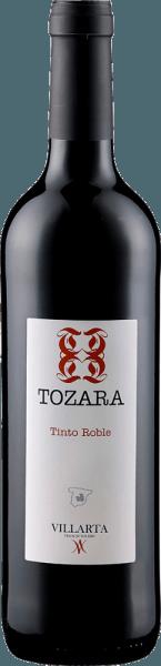 Der Tozara Tinto VdT von Hazienda Villarta erscheint mit einem dunklen Rubinrot im Glas und entfaltet seine kraftvollen Aromen von saftigen Kirschen und schwarzen Johannisbeeren, welche untermalt werden von Vanille und dezenten, würzigen Röstaromen. Dieser spanische Rotwein aus 100% Tempranillo ist ein Wein mit viel Körper und einer perfekt ausgewogenen Tanninstruktur. Speiseempfehlung für den Tozara Tinto VdT von Hazienda Villarta Genießen Sie diesen trockenen Rotwein zu Pasta mit Tomatensoße, Gratins, zarten Gerichten von Schwein und Rind, Pfannengerichten und mildem Käse. Auszeichnungen für den Tozara Tinto VdT von Hazienda Villarta Berliner Winetrophy: Gold (Jahrgang 2013) Daejeon Wine Trophy: Silber (Jahrgang 2011) Tempranillos al Mundo: Gold (Jahrgang 2007)