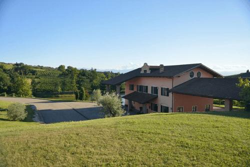 Das Anwesen der Familie Sartirano im Piemont