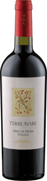 Der Nero di Troia IGT von Terre Avare zeigt sich im Glas mit einem kräftigen Kirschrot, während er sein beeindruckendes Bouquet mit den Aromen reifer Blaubeeren und saftiger Kirschen entfaltet. Dieser Rotwein aus Apulien verzaubert am Gaumen mit seinem harmonischen Zusammenspiel von Frucht, Frische und eleganten Tanninen. Ein animierender und harmonischer Gesamteindruck dieses Weines gehen in einen frischen und fruchtigen Abgang über. Speiseempfehlung für den Nero di Troia IGT von Terre Avare Genießen Sie diesen trockenen Rotwein zu den Klassikern der italienischen Küche-Pizza und Pasta. Auszeichnungen für den Nero di Troia IGT von Terre Avare Mundus Vini: Silber (Jahrgang 2015)
