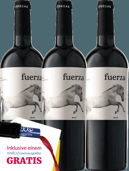 Der Fuerza von Ego Bodegas ist eine unglaublich ambitionierte Cuvée aus Monastrell und Cabernet Sauvignon. 12 Monate in besten Barriques gereift, begeistert dieser Rotwein aus der Jumilla mit delikaten, intensiven Fruchtaromen und filigran integrierten Röstnoten. Die Eleganz und Rafinesse des Fuerza macht diesen Rotwein auch aufgrund der stilvollen Ausstattung zum perfekten Geschenk. Erhalten Sie jetzt diesen spanischen Rotwein im praktischen 3er Vorteilspaket. Mehr Informationen finden Sie in der Expertise zum Ego Bodegas Fuerza.