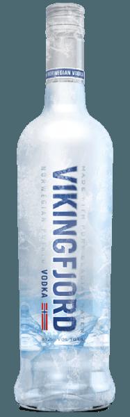 Beim Schwenken des Glases Die erste Nase des Vikingfjord Vodka schmeichelt mit von Orangen, Pomelo und Zitronen. Den fruchtigen Komponenten des Bouquets gesellen sich noch mehr fruchtig-balsamische Nuancen hinzu. Speiseempfehlung zum Vikingfjord Vikingfjord Vodka zu
