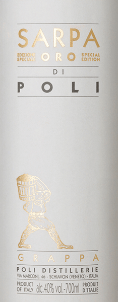 The Sarpa Oro di Poli from Jacopo Poli is a mild, soft grappa distilled from the marc of Merlot (60%) and Cabernet Sauvignon (40%). In the glass this grappa shines in a warm gold with shining reflections. The aromatic bouquet reveals fine aromas of tropical fruits, lemons and spicy notes of vanilla and liquorice. On the palate this grappa is wonderfully velvety with a mild body. The soft fullness is perfectly enveloped by warm spice aromas. Distillation of Jacopo Poli Grappa Sarpa Oro di Poli The still fresh pomace is traditionally distilled in old copper boilers. After distillation this grappa still has 75 vol%. By adding distilled water, this grappa has an alcohol content of 40% by volume. Afterwards this Grappa rests for altogether 4 years in Barriques from French Allier oak, in order to be filled finally gently filtered on the bottle. Serving suggestion for the Sarpa Oro di Poli Jacopo Poli Grappa Enjoy this Italian grappa best at a temperature of 18 to 20 degrees Celsius - as a digestif or simply pure on a cosy evening.