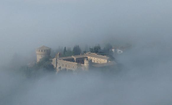 Castello della Sala Morgennebel