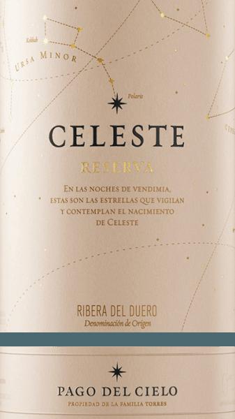 DerCeleste Tempranillo Reserva von Miguel Torres ist ein faszinierender, ausdrucksstarker Rotwein aus dem Anbaugebiet DO Ribera del Duero. Für die Vinifikation werden ausschließlich Tempranillo Trauben verwendet. Im Glas leuchtet dieser Wein in einem satten Granatrot mit kirschroten Reflexen. Das Bouquet überzeugt die Nase mit einer aromatischen, intensiven und fruchtbetonten Persönlichkeit. Es offenbaren sich Noten nach gereiften Waldbeeren, Brombeerkonfitüre und reife Zwetschgen. Untermalt wird die fruchtige Aromatik von dezenten Würz- und Röstnoten - dank der Eichenholzreife. Am Gaumen präsentiert sich eine samtweiche, fleische und vollmundige Textur, die wunderbar mit den Aromen der Nase und den festen und doch zugleich sanften Tannine harmoniert. Dieser spanische Rotwein besitzt eine wundervolle Balance zwischen der Fruchtfülle, Tannin, lebendigen Säure und feinwürzigen Holznote - abgerundet durch ein herrlich langes Finale. Vinifikation des Miguel Torres Celeste Reserva Tempranillo Die Trauben werden bei optimaler Reife gelesen und umgehend in das Torres Weingut in Fompedraza gebracht. Zunächst wird das Lesegut für 7 Tage kalt eingemaischt und dann für eine Woche bei einer Temperatur von 25-30 °C kontrolliert im Edelstahltank vergoren. Die Gesamtmaischezeit beträgt bei diesem Wein 2-3 Wochen, bevor der Wein abgezogen wird und für den biologischen Säureabbau für 2 Monate auf dem Feinhefelager in neuen Eichenholzfässern liegt. Ein Reserva muss mindestens 36 Monate reifen. Zunächst legt der Kellermeister von Miguel Torres den Wein für 15 Monate in Fässer aus amerikanischer und französischer Eiche (50% neues Holz). Abschließend ruht dieser Wein für mindestens 21 Monate auf der Flasche. Speiseempfehlung für den Celeste Reserva von Miguel Torres Genießen Sie diesen trockenen Rotwein aus Spanien zu zarten Rinderbraten im mediterranen Kräutermantel, Steaks vom Grill, pikante Gerichte mit Kürbis und auch Kichererbsen. Aber auch zu gereiften Weichkäse ist dieser Wein ei