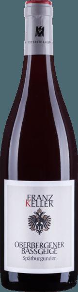 Der Oberbergener Bassgeige Spätburgunder vom Weingut Franz Keller ist ein warmer, duftender Rotwein, welcher mit Aromen von Pflaumen und roten Beeren im Glas erscheint. Am Gaumen ist dieser Wein aus Baden weich und strukturiert und verfügt über harmonisch eingebundene Tannine. Speiseempfehlung für denOberbergener Bassgeige Spätburgunder Genießen Sie diesen trockenen Rotwein zu geschmortem Fleisch und Wild, zu kräftig gebratenem Fisch und Geflügel oder zu gereiftem Käse.