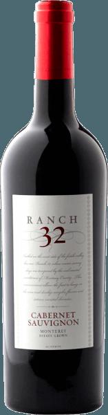 Der Ranch 32 Cabernet Sauvignon von Scheid Vineyards präsentiert sich in einem kräftigen Dunkelrot. Die Nase sowie der Gaumen erfreuen sich an ausdrucksstarken Aromen nach Beerenobst - angefangen von Brombeeren, Heidelbeeren, Johannisbeeren bis hin zu Boysenbeeren. Die Tannine sind perfekt in die Struktur des kalifornischen Rotweines integriert. Das harmonische Zusammenspiel der Aromen und der Tannine heben die Komplexität des langanhaltenden Finale gekonnt hervor. Speiseempfehlung für den Scheid Vineyards Ranch 32 Cabernet Sauvignon Dieser Rotwein aus Kalifornien ist ein toller Speisebegleiter zu marinierten Feigen mit karamellisierten Ziegenkäse, Caponata und geschmorte Lammkeule mit Rosmarinkartöffelchen. Auszeichnungen für den Ranch 32 Cabernet Sauvignon Winemaker Challenge: 91 Punkte & Gold für 2014 San Francisco Chronicle Wine Competition: Gold für 2014