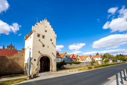 Das historische Stadttor in Sulzfeld am Main