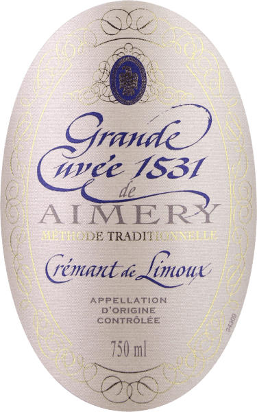 """The Crémant Grande Cuvée 1531 from Sieur d'Arques, which has won several awards, is considered one of the best sparkling wines in southern France and was named after the year in which bottle fermentation was invented or discovered in France. This Crémant de Limoux appears in a brilliant white gold glass. A fine perlage transports aromas of green apple, pear and honey, as well as floral notes of white flowers. On the palate, the finesse of this sparkling wine is reflected in a fine, restrained acidity structure and an excellent mousseux. Here, too, its freshness unfolds, together with aromas of honey and green apple, as well as an elegant minerality. In a medium finish, the lively character of this classic is once again evident. Vinification of Aimery Grande Cuvée 1531 Crémant The award-winning Crémant of the Sieur d'Arques wine cooperative pays homage to an important historical event. The first official mention of a sparkling wine from France dates back to 1531. At that time, monks of St. Hilaire Abbey discovered bottle fermentation by leaving semi-fermented grape must in sealed bottles. This continues to ferment. Since the carbon dioxide could not escape, it dissolved in the wine and made it tingling. The sites of Sieur d'Arques lie in the Langedoc and are composed of four different terroirs: Autan, Méditerranéen, Océanique and Haute-Vallée form the winegrowing basis for Crémant de Limoux. Depending on their wishes and the weather, the oenologists at the house have access to the yields of the climatically different terroirs. The Crémant 1531 Grande Cuvée is made up of the Chardonnay, Chenin Blanc and Pinot Noir grape varieties. These are harvested earlier than the grapes of the still wines in order to guarantee a firm acidity structure. The base wines are then fermented a second time after the """"traditional method"""", i.e. classical bottle fermentation. The Grande Cuvée 1531 is then left on the yeast for 12 months. Food recommendation for the Aimery Grande Cuvée 1531 """