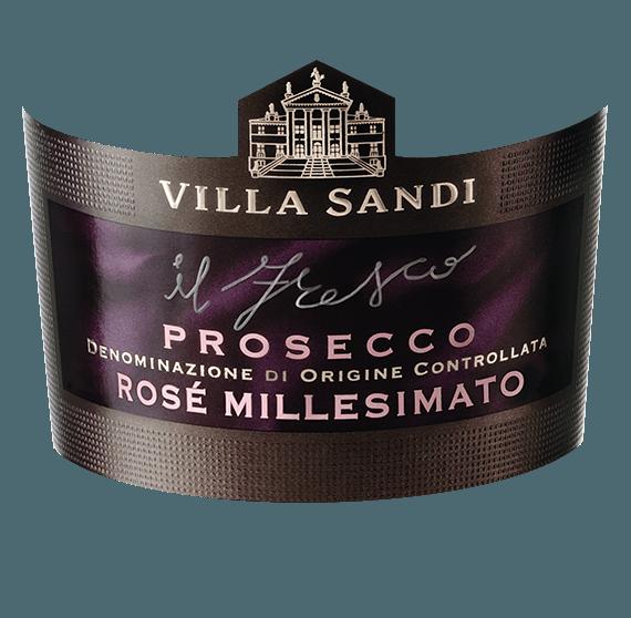 Der leichtfüßige il Fresco Rosé Millesimato Prosecco von Villa Sandi leuchtet mit brillantem Platingelb im Glas. Die Perlage dieses Prosecco Spumante glänzt im Glas beständig und fein. Der Nase präsentiert dieser Villa Sandi Prosecco Spumante allerlei Jasmine, Geissblatt, Flieder, Nashi-Birne und weiße Johannisbeeren. Dieser Prosecco Spumante aus Italien verzaubert auch am Gaumen voll und ganz. Grund dafür ist unter anderem eine dezente Restsüße von 12 Gramm pro Liter, die den il Fresco Rosé Millesimato Prosecco besonders leicht und knackig macht. Dieser trockene Prosecco Spumante von Villa Sandi ist etwas für Weintrinker, die ihren Wein gar nicht trocken genug trinken können. Der il Fresco Rosé Millesimato Prosecco kommt dem bereits recht nah, wurde er doch mit gerade einmal 12 Gramm Restzucker vinifiziert. Am Gaumen präsentiert sich die Textur dieses leichtfüßigen Prosecco Spumante wunderbar leicht, knackig und seidig. Durch die moderate Fruchtsäure schmeichelt der il Fresco Rosé Millesimato Prosecco mit samtigem Mundgefühl, ohne es dabei an saftiger Lebendigkeit missen zu lassen. Das Finale dieses Prosecco Spumante aus der Weinbauregion Venetien, genauer gesagt aus Prosecco DOC (IT), begeistert schließlich mit gutem Nachhall. Der Abgang wird zudem von mineralischen Noten der von Lehm und Kalkstein dominierten Böden begleitet. Vinifikation des Villa Sandi il Fresco Rosé Millesimato Prosecco Dieser elegante Prosecco Spumante aus Italien wird aus den Rebsorten Glera und Pinot Noir gekeltert. In Venetien wachsen die Reben, die die Trauben für diesen Wein hervorbringen auf Böden aus Lehm und Kalkstein. Im Anschluss an die Handlese werden die Weintrauben auf schnellstem Wege in die Kellerei gebracht. Hier werden sie sortiert und behutsam gepresst. Es folgt die Gärung der Grundweine. Speiseempfehlung für den il Fresco Rosé Millesimato Prosecco von Villa Sandi Dieser italienische Prosecco Spumante sollte am besten gut gekühlt bei 8 - 10°C genossen werden. Er passt perfek