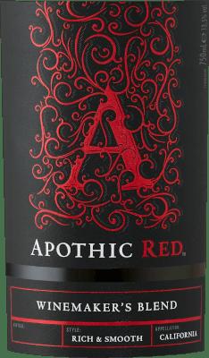 Das Ziel der Weinmacher hinter Apothic Wines ist es, Weine mit Charakter zu kreieren, die gleichzeitig eine breite Masse ansprechen. Dazu setzt Winzerin Debbie Juergenson auf die Eigenheiten der einzelnen Rebsorten, die mit in die Weine von Apothic einfließen. So hat man heute die außergewöhnlichen Cuvées Apothic Red und Dark geschaffen, der eine fruchtig, der andere eher herb. Der gotische Charme der Etiketten, der an das dunkle, geheimnisvolle Mittelalter anknüpft, gibt den Weinen ein weiteres Alleinstellungsmerkmal. Ein idealer Begleiter für einen geschichtlichen Abend oder den nächsten Gruselfilm! Der Apothic Red von Apothic Wines aus Kalifornien offeriert im geschwenkten Glas eine leuchtende, purpurrote Farbe. In ein Rotweinglas eingegossen, offeriert dieser Rotwein aus die USA herrlich duftig Aromen nach Schwarzkirsche, Maulbeere, Zwetschge und Heidelbeere, abgerundet von Zimt, Vanille und orientalischen Gewürzen. Der Apothic Wines Apothic Red zeigt uns am Gaumen einen unglaublich fruchtbetonten Geschmack, was nicht ohne Grund auf sein restsüßes Geschmacksprofil zurückzuführen ist. Auf der Zunge zeichnet sich dieser ausgeglichene Rotwein durch eine ungemein dichte Textur aus. Durch die ausgeglichene Fruchtsäure schmeichelt der Apothic Red mit samtigem Gefühl am Gaumen, ohne es gleichzeitig an Frische missen zu lassen. Das Finale dieses jugendlichen Rotwein aus der Weinbauregion Kalifornien überzeugt schließlich mit gutem Nachhall. Vinifikation des Apothic Wines Apothic Red Der balancierte Apothic Red aus die USA ist eine Cuvée, hergestellt aus den Rebsorten Cabernet Sauvignon, Merlot, Primitivo und Shiraz. Nach der Handlese gelangen die Weintrauben umgehend in die Kellerei. Hier werden sie selektiert und behutsam aufgebrochen. Es folgt die Gärung im Edelstahltank bei kontrollierten Temperaturen. Nach dem Abschluss der Gärung kann sich der Apothic Red für einige Monate auf der Feinhefe weiter harmonisieren.. Speiseempfehlung zum Apothic Wines Apothic Red Dieser