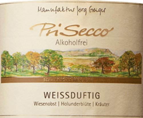Der PriSecco weißduftig von der Manufaktur Jörg Geiger präsentiert sich mit einem leuchtenden Goldgelb und den intensiven Aromen von reifen Äpfeln und Holunderblüten. Abgerundet werdeb diese Noten von würzigem Thymian und weiteren Kräutern. Dieser alkoholfreie Fruchtcocktail verführt am Gaumen mit der Fruchsüße von Äpfeln, Trauben und Pfirsichen und den würzigen Apfelsäure. Im Abgang lassen sich Noten von Holunderblüten erkennen. Herstellung von dem PriSecco weißduftig von der Manufaktur Jörg Geiger Die Früchte des PriSecco stammen aus den landschaftsprägenden Streuobstwiesen am Fuße der Schwäbischen Alb. Der Saft handverlesener Äpfel aus Bio-Anbau bildet die Grundlage für diesen alkoholfreien Cocktail. Weitere Zutaten sind Birnensaft, Traubensaftkonzentrat, Pfirsichsaft, Zitronensaft und Gewürze. Speiseempfehlung für den PriSecco weißduftig von der Manufaktur Jörg Geiger Genießen Sie diesen PriSecco zu Desserts mit Holunderblüten oder exotischen Früchten oder zu Ziegenfrischkäse mit Rosmarin.