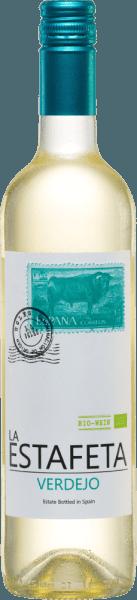 Der La Estafeta Verdejo von Bodegas Fontana schimmert im Glas in einem zarten Hellgelb mit goldenen Glanzlichtern. Das Bouquet präsentiert herrliche Aromen von geschnittenem Gras, frischem Fenchel und Anklänge an gemahlenen weißen Pfeffer. Am Gaumen ist dieser spanische Weißwein herrlich frisch und aromatisch und besitzt einen zart mineralischen Abgang. Dieser Verdejo weiß mit seiner erfischenden Persönlichkeit zu überzeugen. Vinifikation des La Estafeta Verdejo Die Handlese findet für diese Verdejo Trauben in den Monaten August bis September. Nach dem Entrappen der Trauben im Weinkeller wird dieser Weißwein im Edelstahltank vergoren. Dadurch bleibt der frische Charakter des Verdejo La Estafeta erhalten. Speisempfehlung für den Fontana Estafeta Verdejo Dieser trockene Weißwein ist ein toller Speisebegleiter zu frischem Fisch mit knackigen Salat, Pasta frutti di mare und auch zu vegetarischen Pizzen. Oder genießen Sie diesen Wein aus Spanien als Aperitif. Auszeichnungen für den Verdejo Estafeta Mundus Vini: Gold für 2016