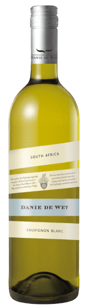 """Der Good Hope Sauvignon Blanc verzaubert mit seinen Fruchtaromen von tropischen Früchten, wie Mango und Ananas, welche von dezenten Noten von wilden Kräutern untermalt werden. Am Gaumen ist dieser animierende Weißwein äußerst frisch, fruchtig und überaus harmonisch. Dieser Wein ist ein typischer Vertreter der Kap- Weine. Vinifikation für den Good Hope Sauvignon Blanc Das Weinanbaugebiet Robertson liegt im Inneren von Südafrika, etwa 150 Kilometer von Kapstadt entfernt und verfügt hauptsächlich über Kalksteinböden, in höheren Lagen ist häufig Lehm zu finden. Das vorherrschende Klima ist heiß und trocken, die Niederschlagsmenge liegt durchschnittlich bei 300 - 400 Millimetern im Jahr. Nach der selektiven Lese wurden die Trauben für diesen Wein entrappt, was bedeutet, dass die Stiele und Stengel entfernt wurden, schonend gepresst und anschließend temperaturgesteuert im Edelstahltank vergoren. Speiseempfehlung für den Good Hope Sauvignon Blanc Genießen Sie diesen trockenen Weißwein zu Gerichten mit Geflügel und Meeresfrüchten oder zu leichter Pasta. Auszeichnungen für den Good Hope Sauvignon Blanc John Platter: 4 Sterne """"Excellent!"""""""