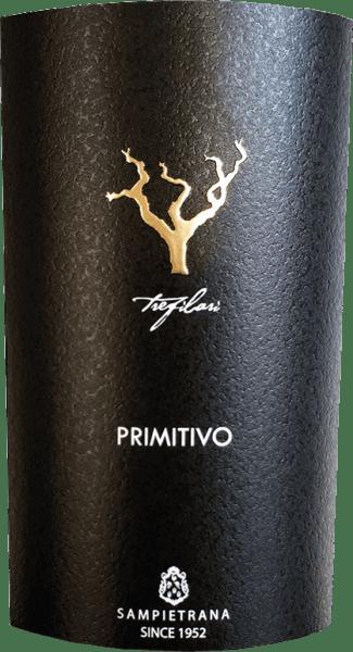 """DerTrefilari Primitivo Salento IGT von Cantina Sampietrana ist ein wundervoll geschmeidiger Rotwein aus dem italienischen Anbaugebiet Salento in Apulien. Im Glas schimmert dieser Rotwein in einem dunklen Rubinrot mit violetten Glanzlichtern. In der Nase offenbaren sich kräftige, klare Aromen nach Amarenakirschen, saftigen Johannisbeeren und Blaubeeren. Fein untermalt wird die fruchtige Aromatik von Anklängen nach Nelken. Am Gaumen präsent sich der rote Trefilari mit einem eleganten Charakter, der von einem geschmeidigen und vollen Körper getragen wird. Das Finale ist lang und angenehm nachhaltig. Vinifikation des Trefilari Primitivo Salento IGT von Cantina Sampietrana Für diesen Rotwein werden 100% der autochtonen Rebsorte Primitivo aus ausgewählten Weinlagen vinifiziert. Im Stile eines »Grand Cru« wird in den besten Parzellen eine strenge Selektion während der Weinlese durchgeführt.Die Rebstöcke, die auf kalk- und tonhaltigen Böden wachsen, werden mit der traditionellen Methode des """"alberello pugliese"""" erzogen, was insbesondere für die lokalen Rebsorten optimale Ergebnisse liefert. Nach der manuellen Lese ab der ersten Septemberwoche werden die Trauben temperaturkontrolliert mazeriert und vergoren, anschließend sanft gepresst und der Trester vom Wein getrennt. Der Wein wird dann 12 Monate in Barriques ausgebaut bevor er in den Verkauf kommt. Speiseempfehlung für denCantina SampietranaTrefilari Primitivo Salento IGT Genießen Sie diesen herrlichen, dichten Rotwein aus Apulien zu Gulascheintöpfen, medium gebratenen Rinderfiletstreifen oder auch zu ausgewählten Käsesorten."""