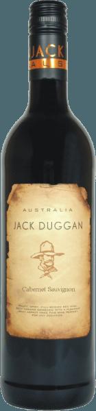 DerCabernet Sauvignon von Jack Duggan ist ein reinsortiger Rotwein und schimmert im Glas in einem tiefdunklen Rubinrot mit purpurnen Highlights. Die Nase wird verwöhnt von ausdrucksstarken Noten nach saftigen Blaubeeren, reifer Pflaume und frischem Cassis. Unterlegt werden die Aromen der Nase von einer süßen Würze und dezenter Mineralität. Auch am Gaumen spiegelt sich diese Aromenvielfalt wider. Dieser Rotwein ist wundervoll elegant und führt in einen langen Abgang. Speiseempfehlung für den Jack Duggan Cabernet Sauvignon Dieser trockene Rotwein aus Australien ist ein wahrer Genuss zu Polenta mit Rosmarin, Lammragout mit Kartoffelgratin oder auch zu Schmorbraten in dunkler Sauce.