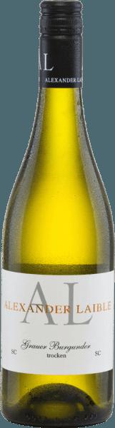 Aus der Anbauregion Baden stammt der kraftvolle, rebsortenreineGrauburgunder SC von Alexander Laible. Im Glas schimmert bei diesem Wein ein zartes Goldgelb mit hellgelben Highlights im Glas. In der Nase offenbaren sich intensive Aromen nach Kernobst - klar im Vordergrund stehen reife Birnen und knackige Äpfel. Am Gaumen besitzt dieser deutsche Weißwein eine kraftvolle und ausdrucksstarke Persönlichkeit mit einer herrlichen Fruchtfülle. Das faszinierende Säurespiel harmoniert wundervoll mit der schmelzigen Textur. Der Nachhall überzeugt mit einer wunderbaren, anhaltenden Länge. Speiseempfehlung für den Alexander LaibleGrauburgunder SC Dieser trockene Weißwein aus Deutschland passt hervorragend zu knackigen Sommersalaten, Gerichten mit Geflügel oder auch zu milden Käsesorten.