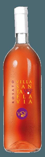 Der Rosato Villa Santa Flavia von Sacchetto präsentiert sich in einem lebhaften Rosé, das leicht ins kirschrote übergeht. In der Nase offenbart sich ein weinig und fruchtiges Bouquet. Am Gaumen zeigt er sich angenehm und harmonisch. Dieser Cuveé passt hervorragend als Aperitif, wunderbar zu Vorspeisen und Suppen aller Art; aber auch zu Fleisch- und Gemüseaufläufen. Ein einzigartiges und fruchtiges Geschmackserlebnis!