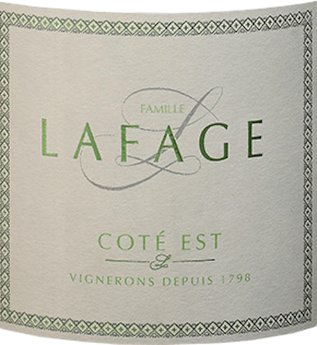 The Côté Est Blanc from Domaine Lafage comes from the IGP Côtes Catalanes in Languedoc and is a refreshing, fruity and elegant white wine cuvée from the Grenache Blanc, Chardonnay and Roussanne grape varieties. In the glass this wine shines in an attractive light yellow with glittering reflexes. The expressive bouquet reveals itself with a fruity aroma of crisp green apples and ripe gooseberries - perfectly accompanied by notes of honey. On the palate, too, this French white wine reflects the aromas of the nose and is wonderfully highlighted by the fresh acid structure. A fruity, tangy white wine with plenty of fruit in the finish. Food recommendation for the Lafage Côté Est Blanc Enjoy this dry white wine from France best with all kinds of fish dishes in fine lemon sauce. Whether grilled, fried or steamed.