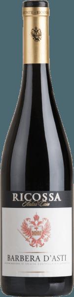 Der Barbera d'Astivon Ricossa ist ein vollmundiger, rebsortenreiner und harmonischer Rotwein aus dem italienischen Weinanbaugebiet DOCG Barbera d'Astiim Piemont Im Glas besitzt dieser Wein ein dunkles Rubinrot mit orangenen Glanzlichtern. Die Nase wird von einem verführerischen Bouquet nach vollreifen Pflaumen und getrockneten Früchten verwöhnt. Am Gaumen überzeugt dieser italienische Rotwein mit einer wundervollen Balance zwischen der Beerenaromatik und der gut eingebundenen Säure. Die gute Struktur und der herrliche Körper verleihen diesem Wein seinen vollmundigen Charakter. Speiseempfehlung für den RicossaBarbera d'Asti Genießen Sie diesen trockenen Rotwein aus Italien zu herzhaften Nudelgerichten, Schweinemedaillons an Safranreis oder auch zu Edelschimmelkäse.