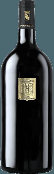 Aus dem Gran Reserva Vina Imas Gold Edition von Barón de Ley spricht ein Stück ursprünglicher, spanischer Weinkultur. Dieser Rotwein ist ein besonders homogener, nobler Rioja. In der Nase würzig mit charakteristischen Preiselbeer-, Leder- und Vanilleduft. Der weiche Gaumen offenbart einen wunderbar fruchtig milden Geschmack, der von einem extrem anhaltenden Abgang abgerundet wird. Serviervorschlag / Foodpairing Wir empfehlen diesen Rotwein zu Wildgerichten.